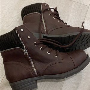 Call it Spring Lace Up Boots size 8